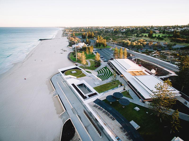 <b>澳大利亚城市海滩冲浪俱乐部建筑设计</b>