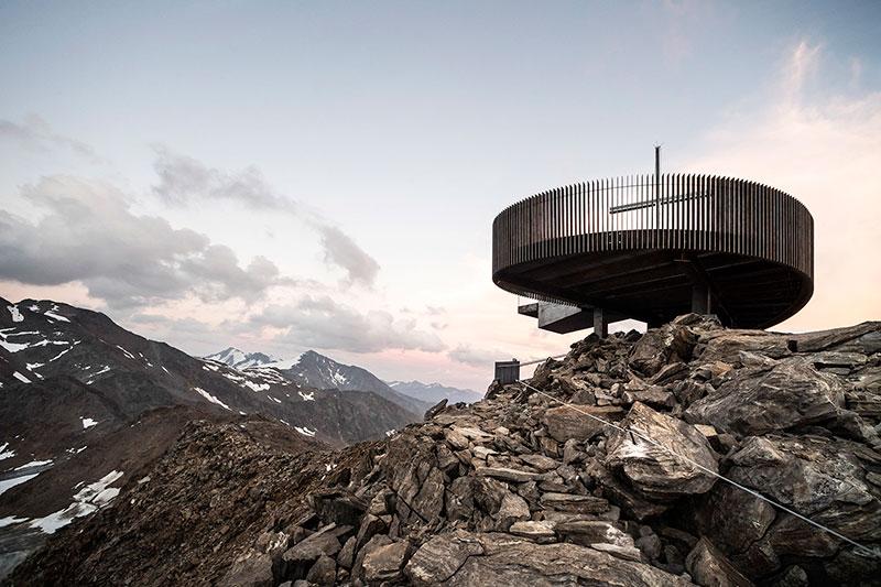 意大利Ötzi Peak 3251m山顶观景台设计